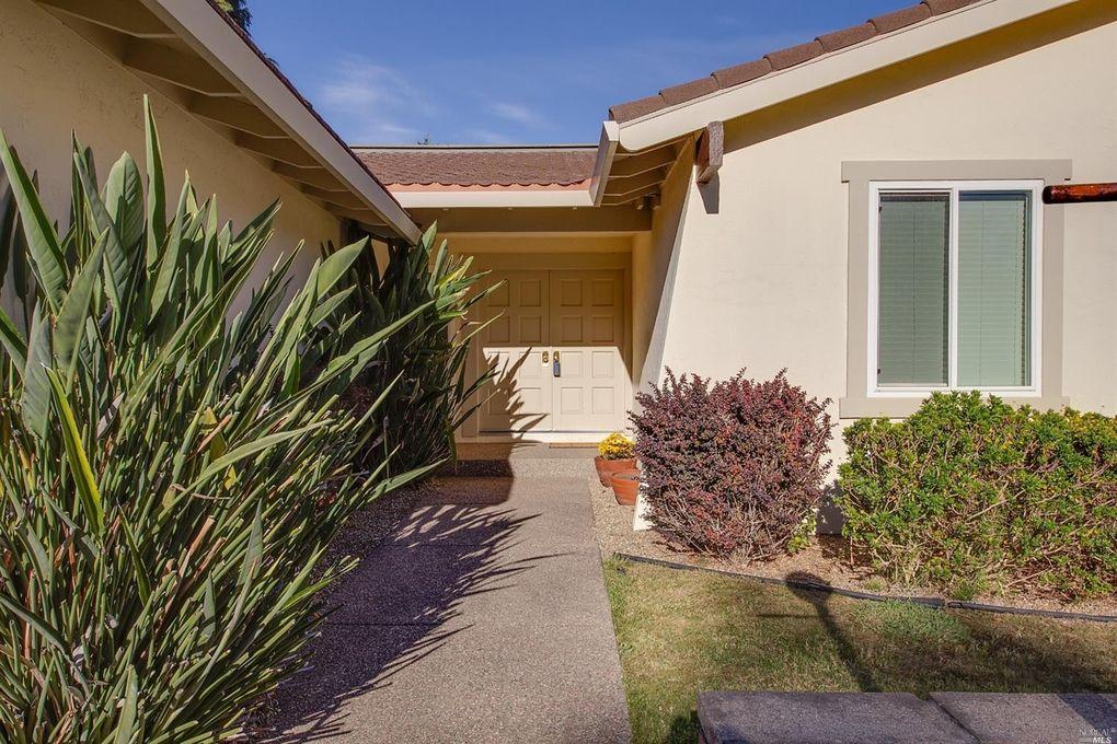 600 Marin Oaks Dr, Novato, CA 94949