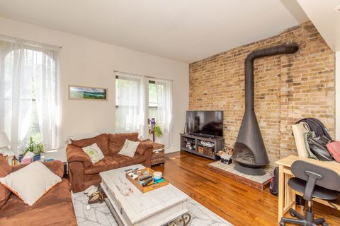 Photo of 1048 W Dickens Ave Unit 1048-12, Chicago, IL 60614