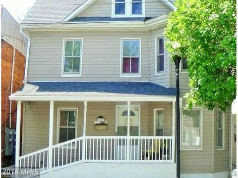 87 Pennsylvania Ave, Westminster, MD 21157