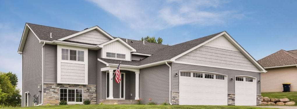29395 Mary St, Lindstrom, MN 55045