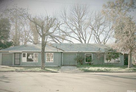 1853 N Hunter St, Stockton, CA 95204