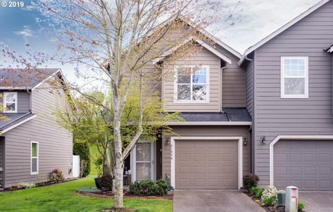 Photo of 21848 Ne Heartwood Cir, Fairview, OR 97024
