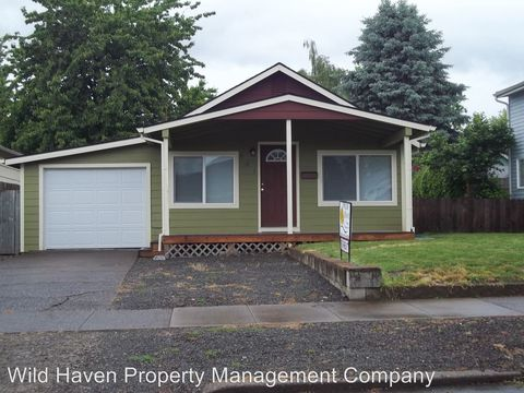 Photo of 801 Ne 13th St, McMinnville, OR 97128