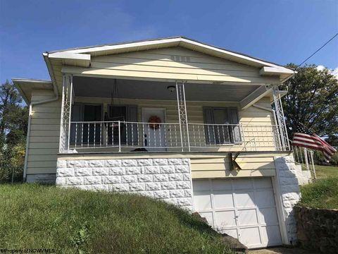 225 Roberts St, Fairmont, WV 26554