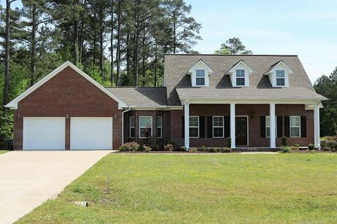 60044 Whispering Pines Dr, Smithville, MS 38870