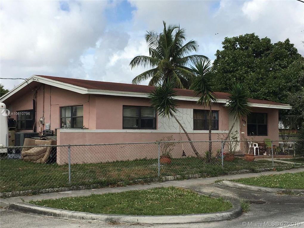 698 E 65th St, Hialeah, FL 33013