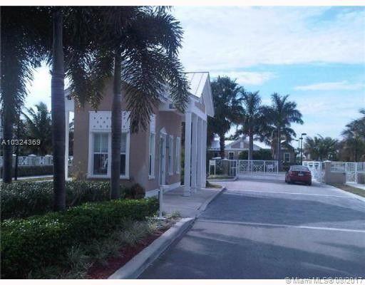 10735 Nw 75th St, Doral, FL 33178