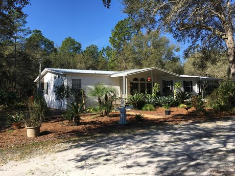 Photo of 124 Lakeway Dr, Georgetown, FL 32139