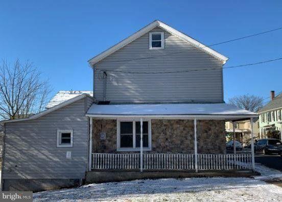 524 Moore St, Millersburg, PA 17061