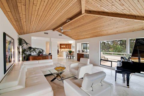 6429 Las Colinas, Rancho Santa Fe, CA 92067