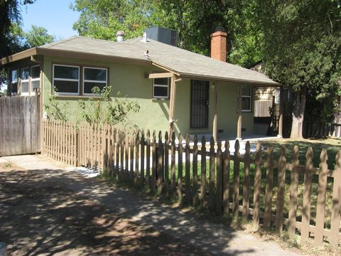 Photo of 3841 Ivy St, Sacramento, CA 95838