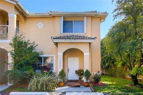 Photo of 16607 Nw 73rd Ct, Miami Lakes, FL 33014