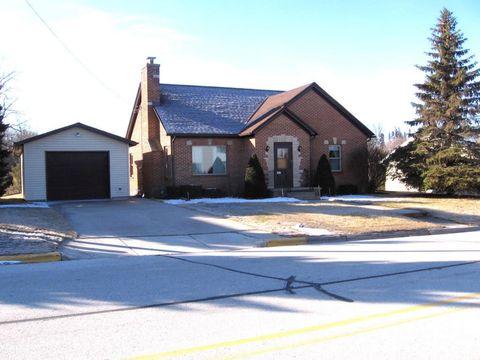 207 Church St, Saint Nazianz, WI 54232
