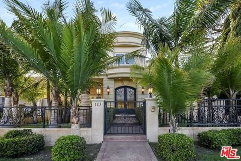 123 N Doheny Dr, Beverly Hills, CA 90211