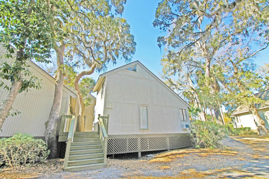 356 Sea Cloud Cir, Edisto Island, SC 29438