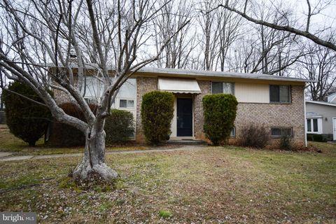 6811 Barnack Dr, Springfield, VA 22152