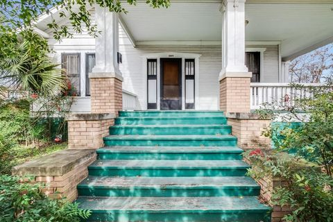 Photo of 4312 Red River St, Austin, TX 78751