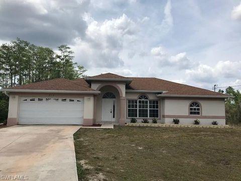 Photo of 826 Hector Ln, Lehigh Acres, FL 33974