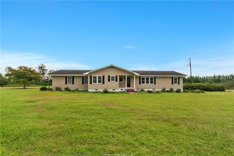 Photo of 9625 Two Sisters Ferry Rd, Pineland, SC 29934