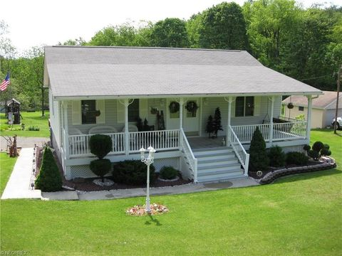 6439 State Route 152, Richmond, OH 43944