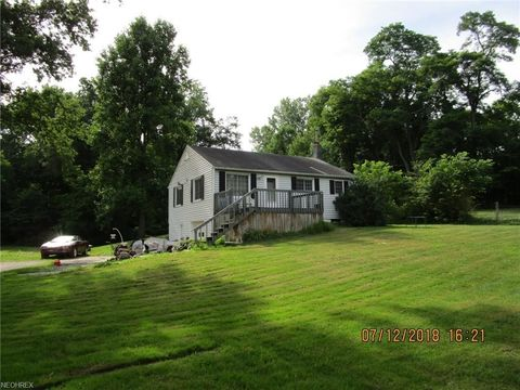 Photo of 7423 Noble Rd, Windsor, OH 44099