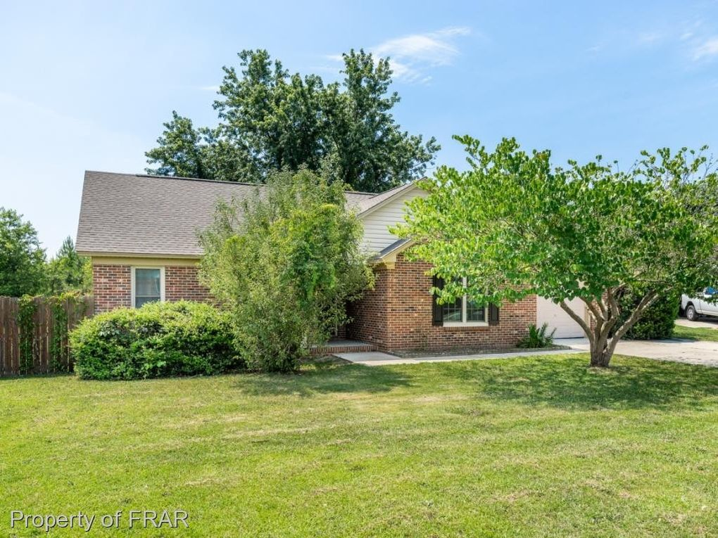 103 Duck Pl, Fayetteville, NC 28306