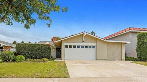 1064 Salinas Ave, Costa Mesa, CA 92626
