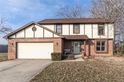 Photo of 3012 Foxfire Cir, Indianapolis, IN 46214