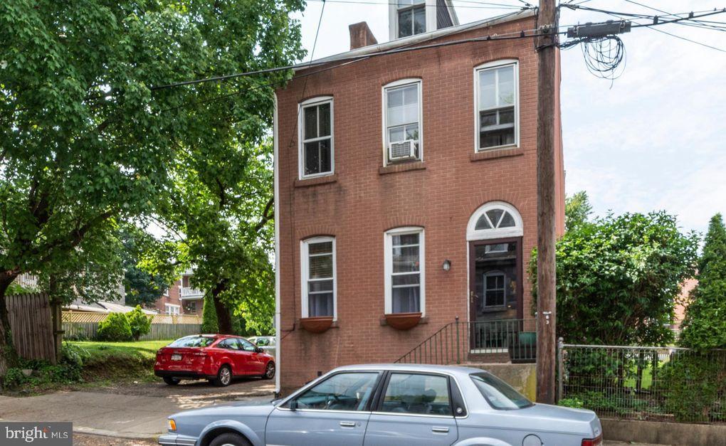 635 Saint Joseph St, Lancaster, PA 17603