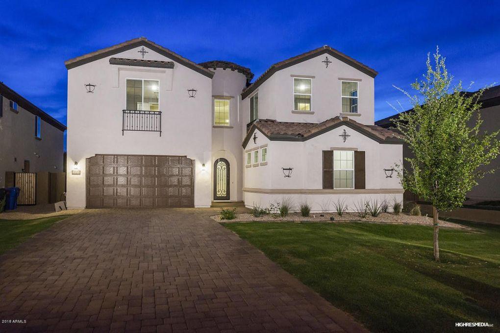3020 N 50th Pl, Phoenix, AZ 85018