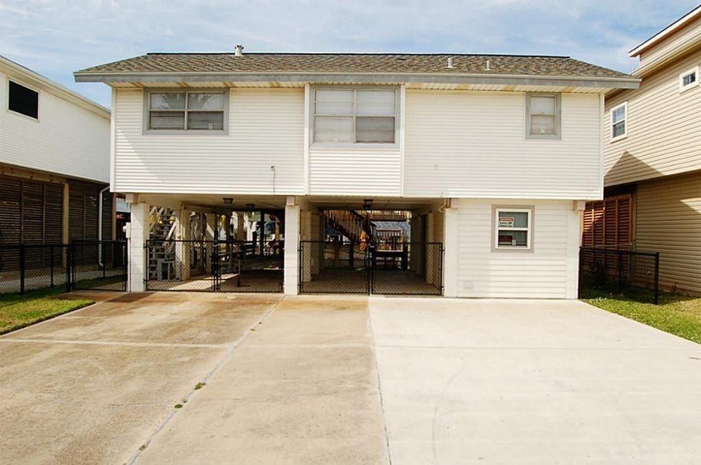 1025 Redfish St, Bayou Vista, TX 77563
