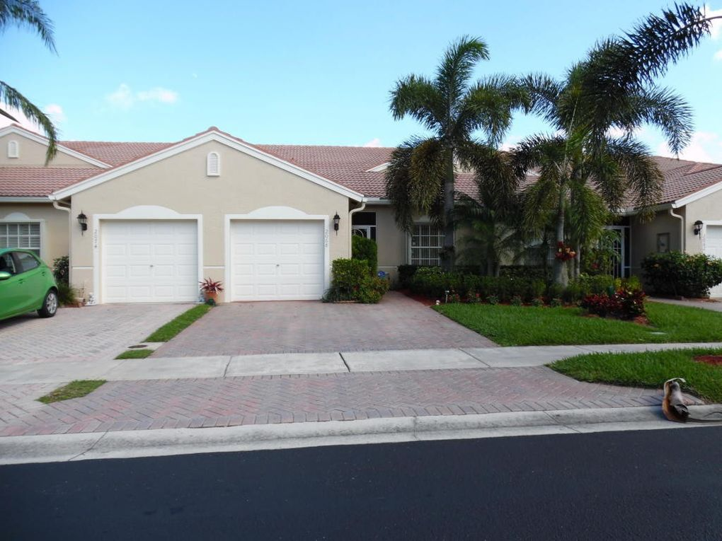 2068 Stonington Ter West Palm Beach FL