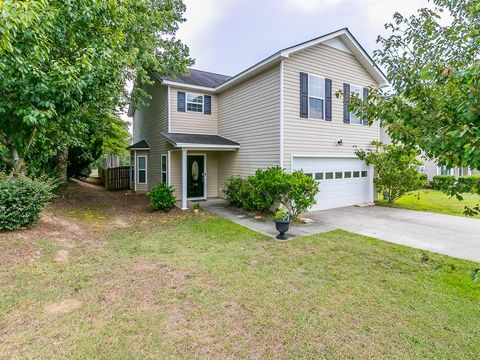 198 Rosecliff Cir, Hopkins, SC 29061