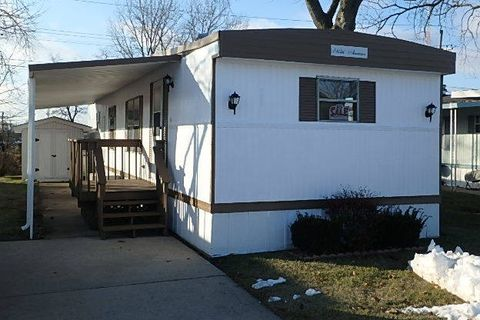 Racine, WI Mobile & Manufactured Homes for Sale - realtor.com® on prefab homes, miniature homes, ranch homes, portable homes, townhouse homes, old homes, brick homes, mega homes, colorado homes, prefabricated homes, unique homes, multi-family homes, victorian homes, awnings for homes, metal homes, trailer homes, rv homes, movable homes, vacation homes, stilt homes,