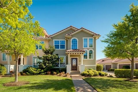 422 La Villita Blvd, Irving, TX 75039