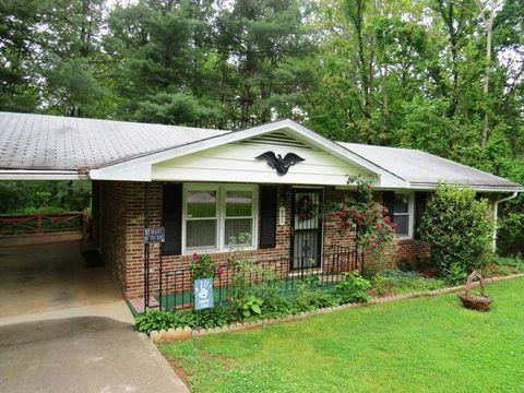 947 Banks Rd, Martinsville, VA 24112