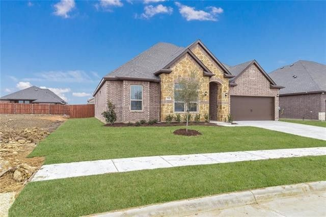 3718 Ranchers Rdg, Krum, TX 76249