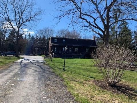 Photo of 3857 Eager Rd, Jamesville, NY 13078