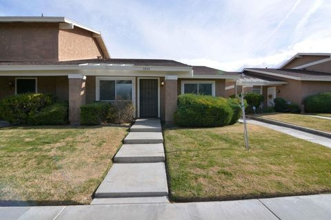 lancaster ca houses for sale with swimming pool