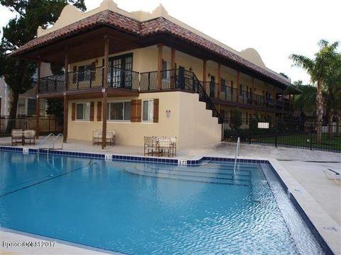 7 Oak St Cocoa FL 32922