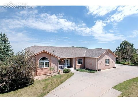 1660 Old Antlers Way, Monument, CO 80132