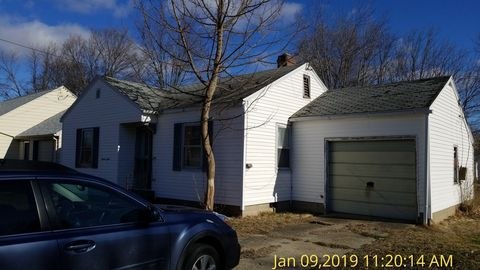 Photo of 1612 16th St, Lawrenceville, IL 62439