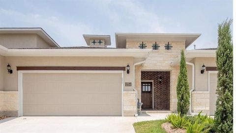 Photo of 1754 Heath Dr, College Station, TX 77845