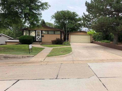 Photo of 813 S 5th St, Atwood, KS 67730