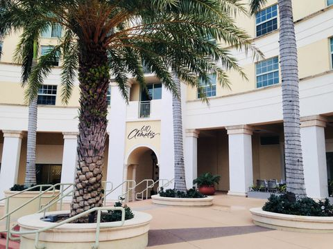 Photo of 610 Clematis St Apt 709, West Palm Beach, FL 33401