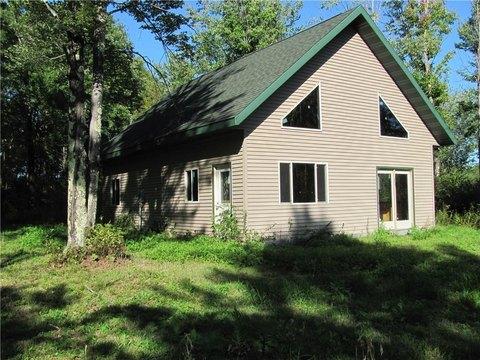 8326 W Aborne Rd, Ojibwa, WI 54862