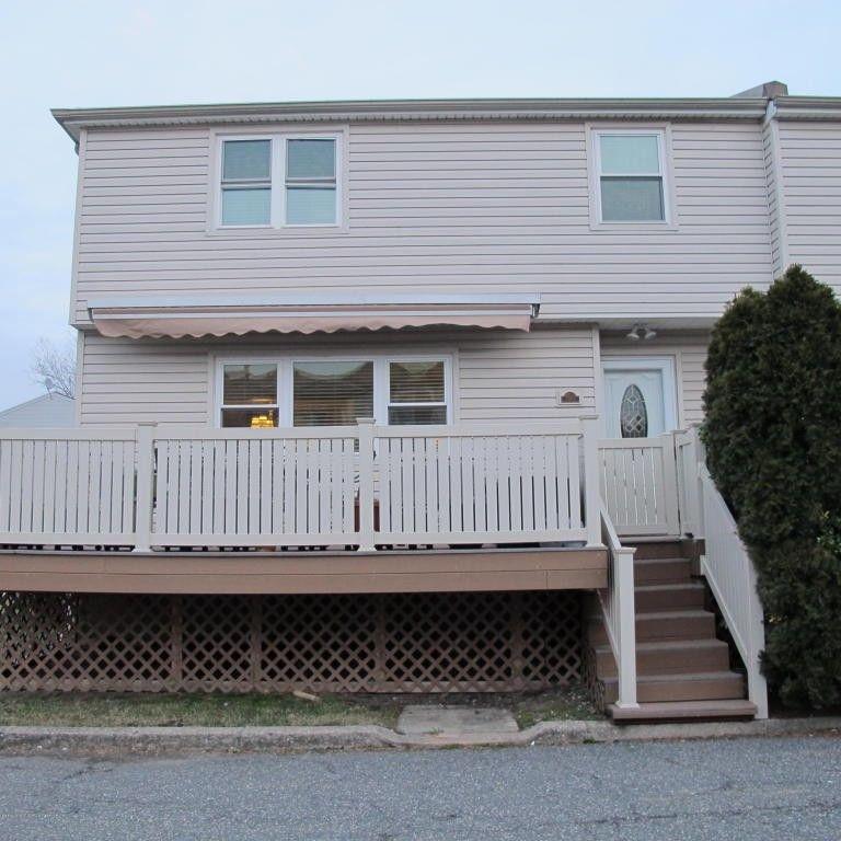 531-1 Willow Rd NY 10314