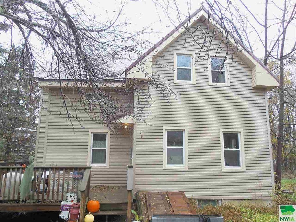 14006 160th St, Akron, IA 51001
