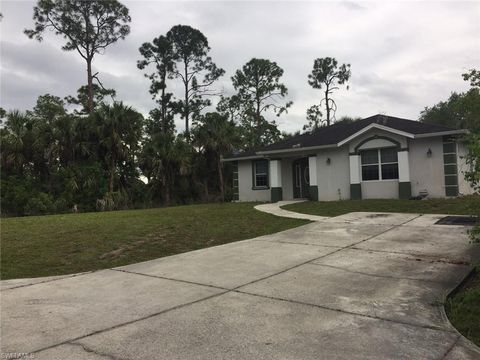 Photo of 3185 20th Ave Se, Naples, FL 34117
