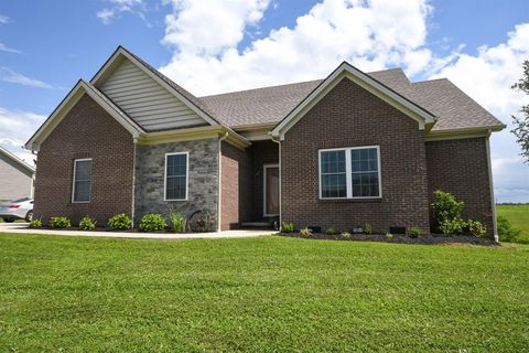 Photo of 207 Cross Creek Dr, Mount Sterling, KY 40353